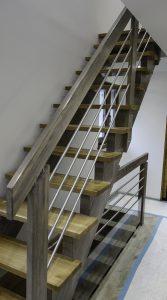Escalier bois a crémaillères