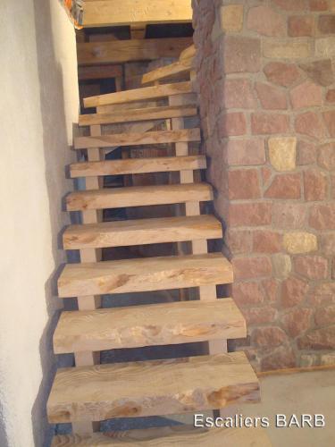 escalier sapin rustique