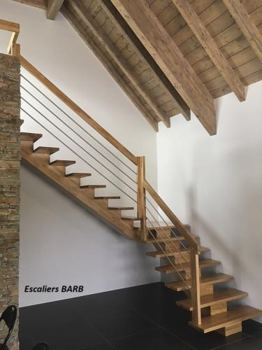 escalier bois chêne limon centrale garde corps inox