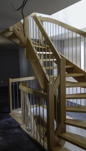 escalier bois hetre inox