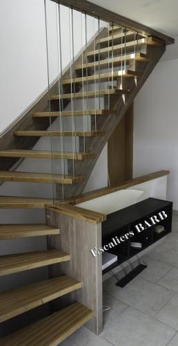 escalier moderne multiligne verre