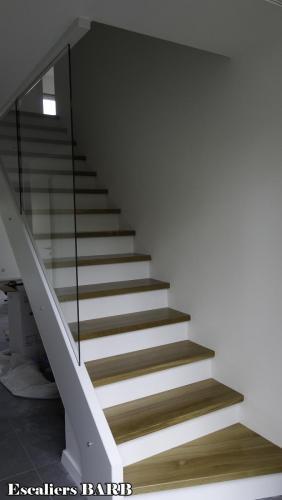 revetement escalier beton chene blanc laqué chene